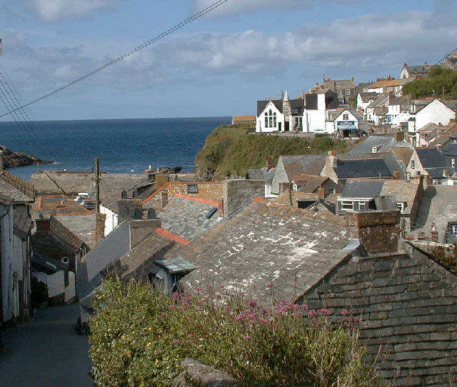Looking over the roof tops in Port Isaac